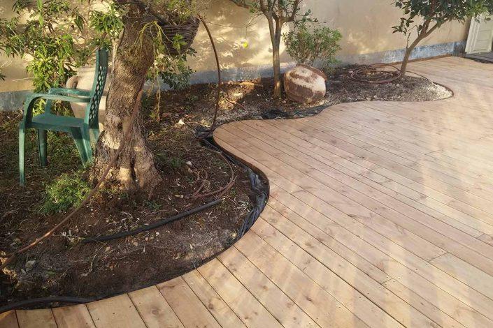 דקולה - דק מעץ אורן בהתאמה אישית